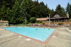 South Jetty RV & Camping Resort