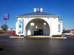Motel 6 Dickson