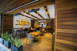 Pasalimani Bistro & Lounge