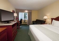 Biltmore Hotel & Suites