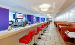 Mac 24 / 7 Restaurant