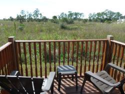 Everglades Chickee Cottages - Ochopee