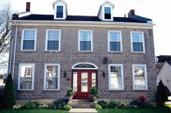 Sir Isaac Brock Bed & Breakfast