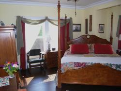 Sundara West B&B