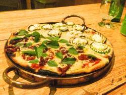 A Forneria Pizzaria por Rafael Transpa