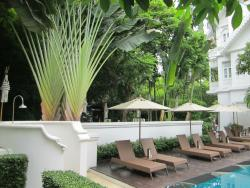 Pool Facilities- Outdoor Shower & Lounge Area