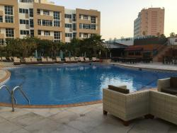 POOL AND DINING