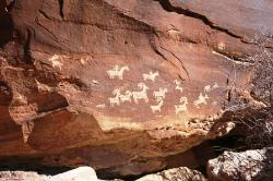‪Wolfe Ranch Rock Art‬