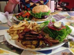 Prestigio Bar & Grill