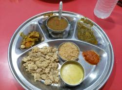 Santosh Bhojnalaya