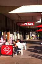 Gundy Pie Cafe