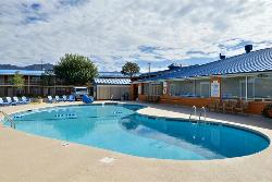 Magnuson Hotel and Suites Alamogordo