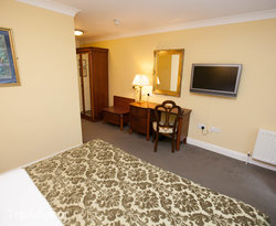 The Executive King Room at the Dromhall Hotel