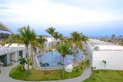 Grande Bay Resort and Spa