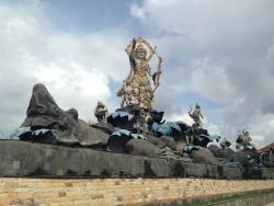 Titi Banda Statue
