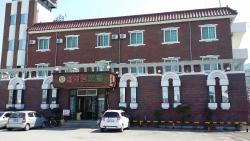 Seoraktang Motel
