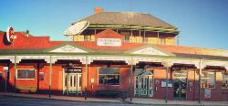 Corryong Courthouse Hotel