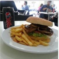 Cafe M70
