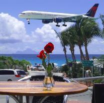 Runway Restaurant & Lounge