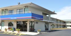 Motel 6 Janesville