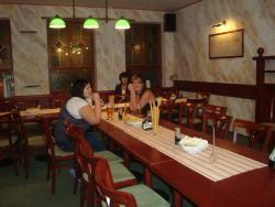Enzo Cafe