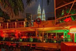 Frisky Rooftop Bar