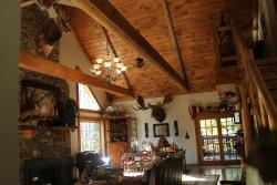 Bear Creek Bed and Breakfast Lodge and Cabins