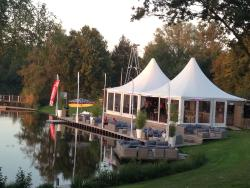 Strandpaviljoen Wakers Lounge