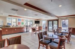 Comfort Suites Denver Southwest