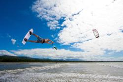 Windswell Kitesurfing and Standup Paddle