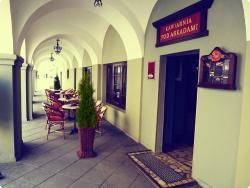 Cafe  Pod Arkadami