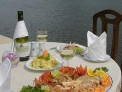 Dalmanuta River Restaurant