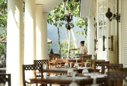 Patio Restaurant - Terrace