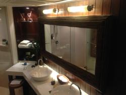 Bathroom supplied with great amenities