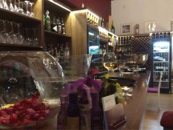 Wine Bistro & Tapas restaurent