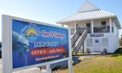 Blue Dolphin Inn & Cottages