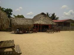 driftwood beach bar & pizza shack