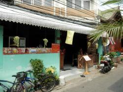 Oraya's Restaurant