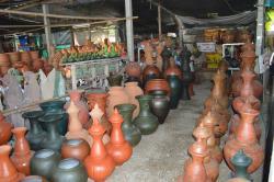 Baan Muang Goong Pottery Village