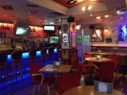 Franx Bar & Restaurant