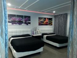 Hollywood VIP Hotel