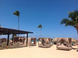 Diamond Club beach