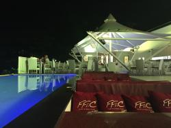 FFliC Cliff & Pool Club