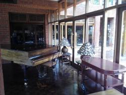 馬尼亞拉湖野生動物山林小屋