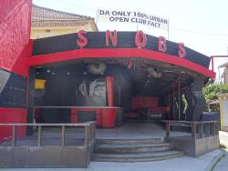 Snobs Bar