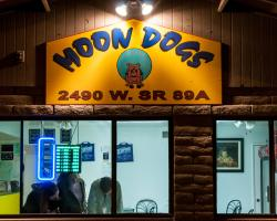 Moon Dogs Pizza