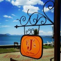 EJ's Cafe