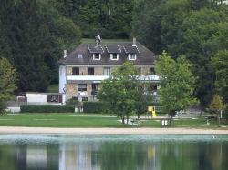 Hôtel Restaurant La Chaumière du Lac