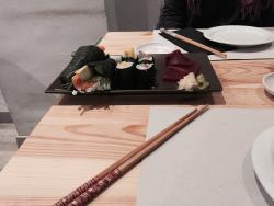 Mossen Sushi & Tapas