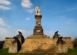 Lord Collingwood  Monument